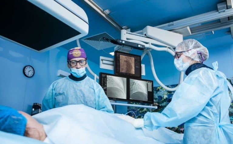 Когда обращаться к хирургу ?