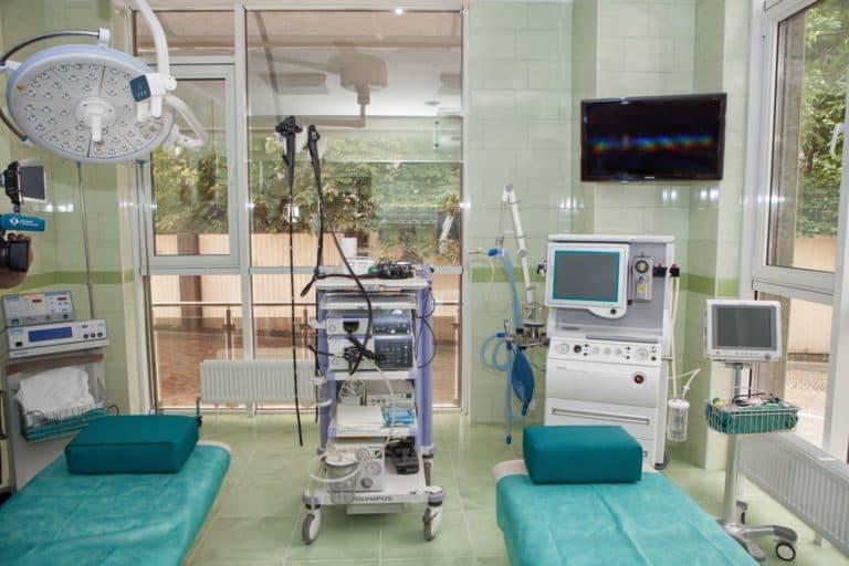 проведение операций в хирургии
